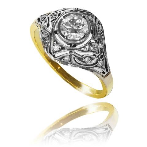 Pierścionek z brylantem ~ 0.60ct wykonany ze złota