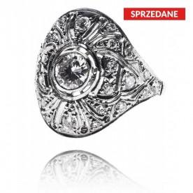 Platynowy pierścionek w stylu Art Deco