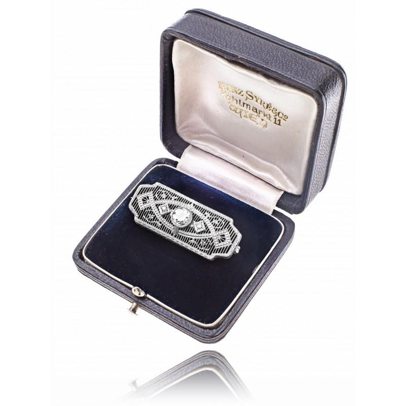 536. Brosza w stylu Art Deco z diamentami