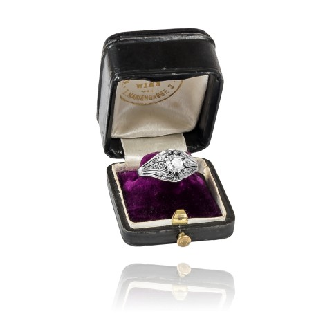 Pierścionek w stylu ART DECO 0,83ct