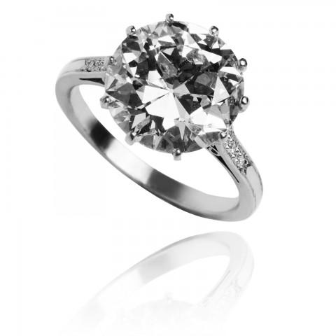 233. Pierścionek platynowy z diamentem ~5.02ct