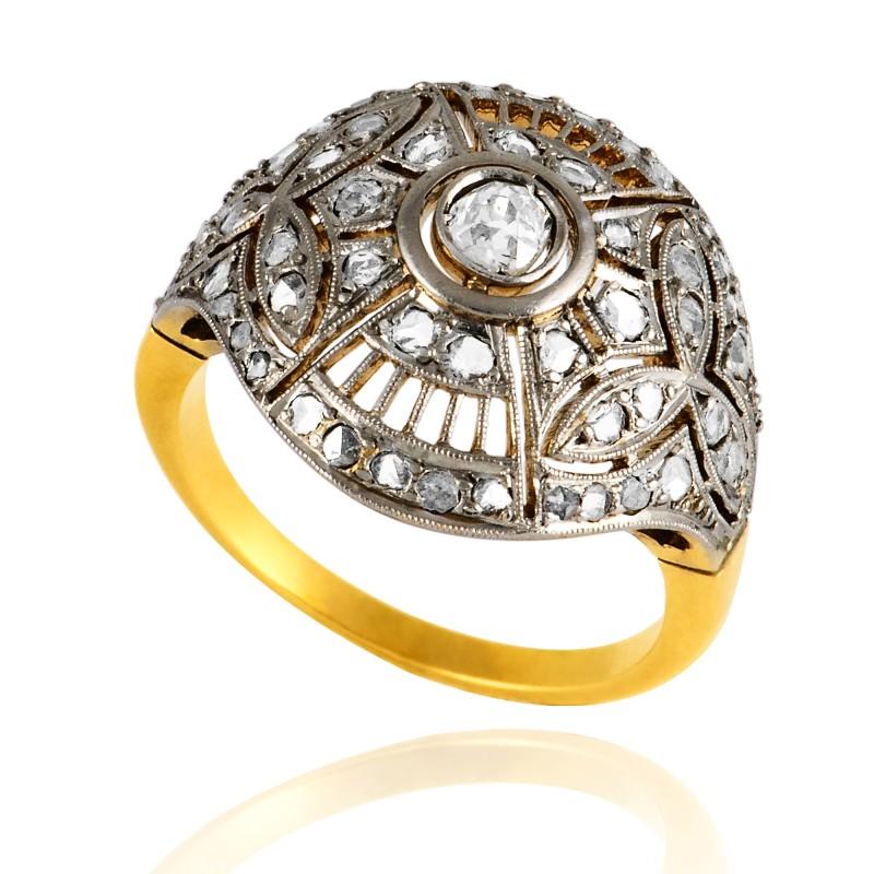 Dawny pierścionek z diamentami