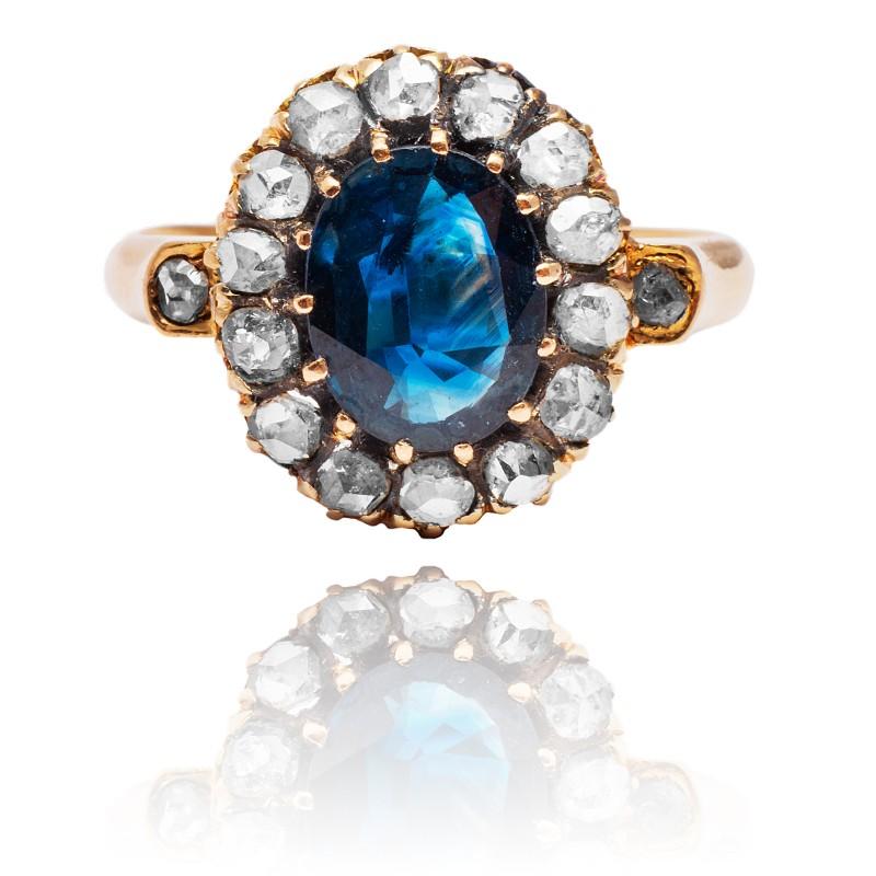 Dawny pierścionek z szafirem i diamentami - karmazycja