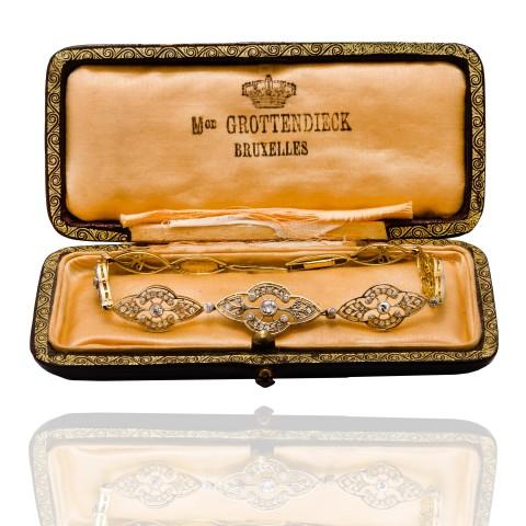Dawna bransoletka z diamentami