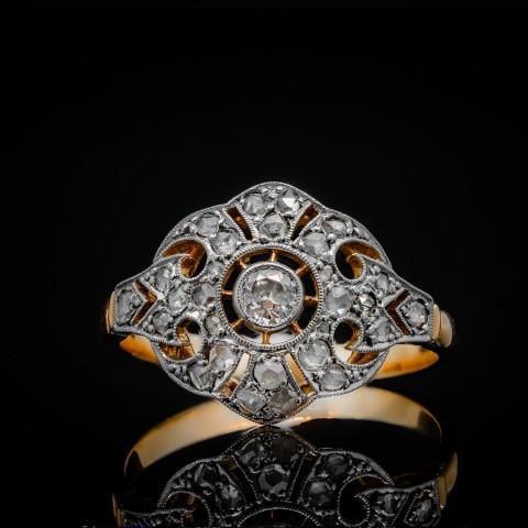 Dawny pierścionek z diamentami, lata 20. XX w.