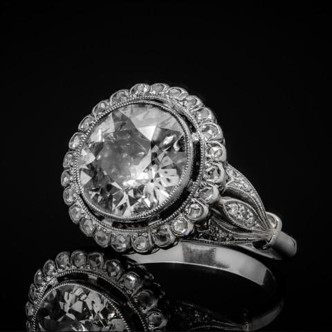 Platynowy pierścionek z diamentem ok. 3.78ct