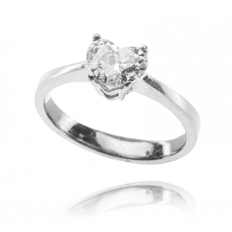 621. Pierścionek z diamentem 1,00ct w formie serca
