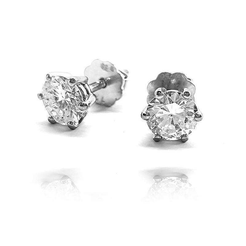 622. Kolczyki z diamentami wykonane ze złota 0.750