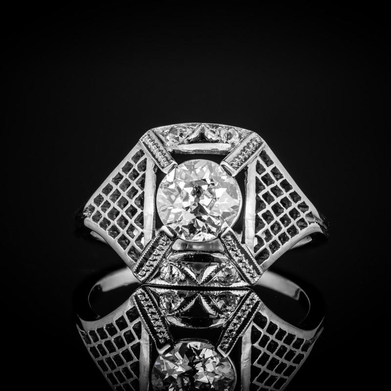 Dawny pierścionek z diamentami ok. 0.88ct