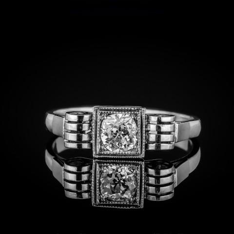 Dawny pierścionek Art Deco z diamentem ok. 0.57ct
