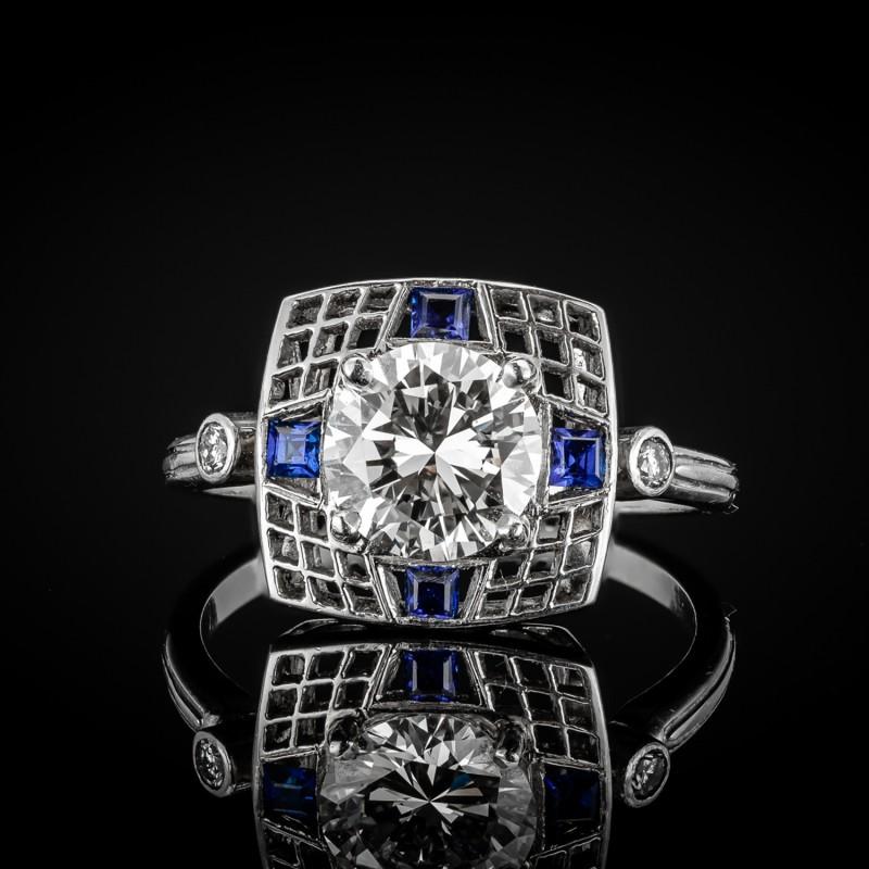 Platynowy pierścionek z brylantem ok. 1.34ct