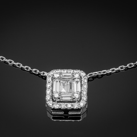 Naszyjnik z diamentami ok. 0.37ct