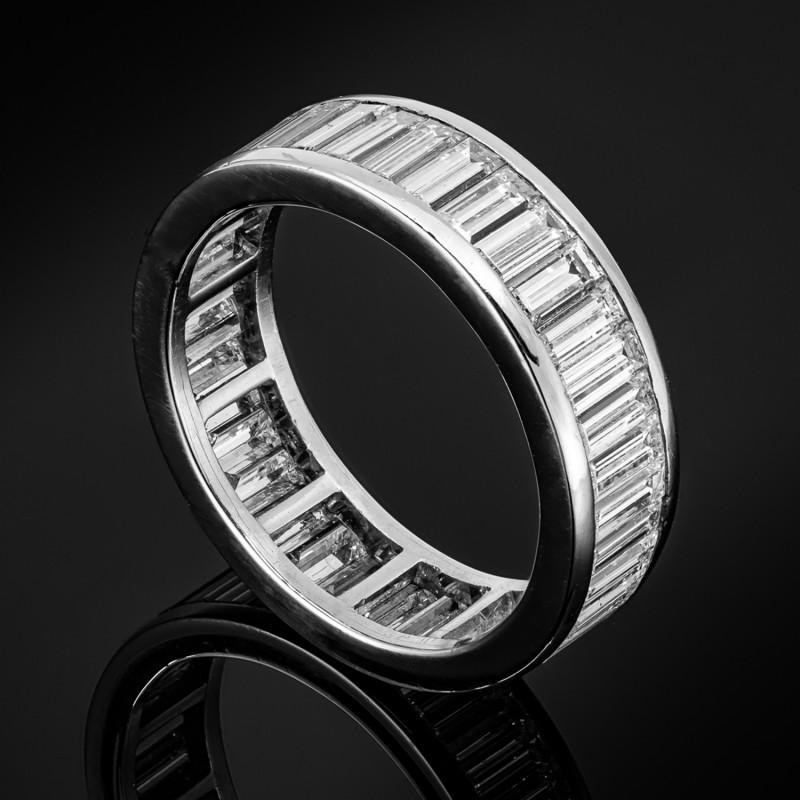 Obrączka z diamentowymi bagietami ~4.00ct