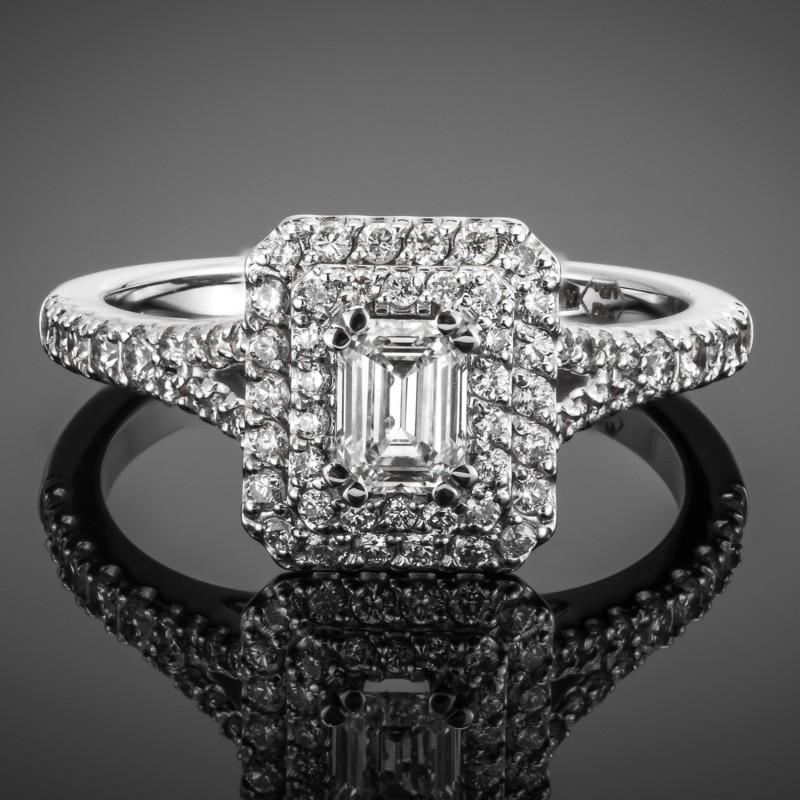 Pierścionek z diamentem w szlifie szmaragdowym 0.44ct