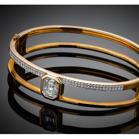 Złota bransoletka z diamentami o masie ok. 1.15ct