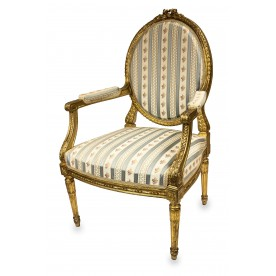 507. Fotel i stolik owalny w stylu Ludwika XVI, Europa środkowa, ost. ćw. XIX w.